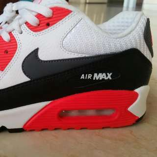 (Price Reduced) Nike Air Max 90 Essential OG