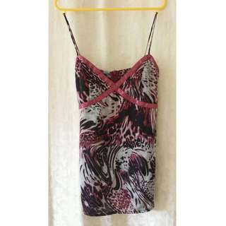 Review Silky Floral Top Size 6