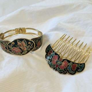 Matching Bracelet and Hair Comb