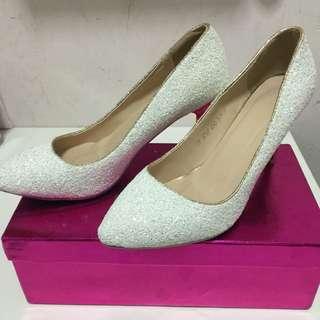 White High Heel Size 40