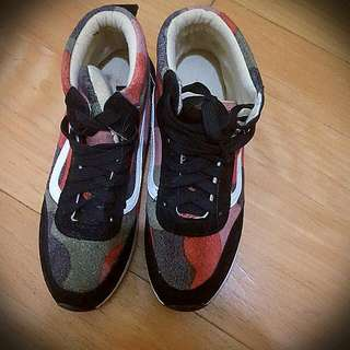 韓版迷彩拼色麂皮高筒運動鞋
