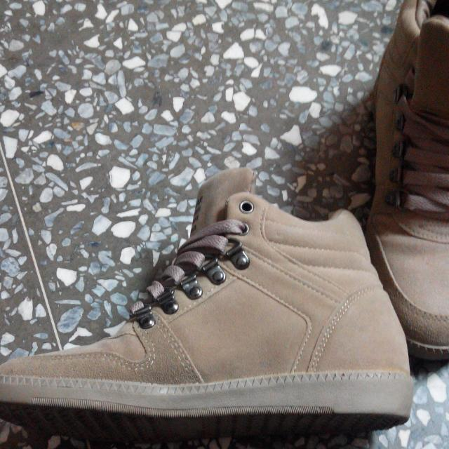 (降)近全新韓版增高運動鞋7號