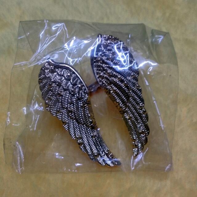 精緻刻紋翅膀戒指