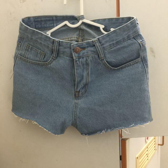 (全新)淺色牛仔短褲