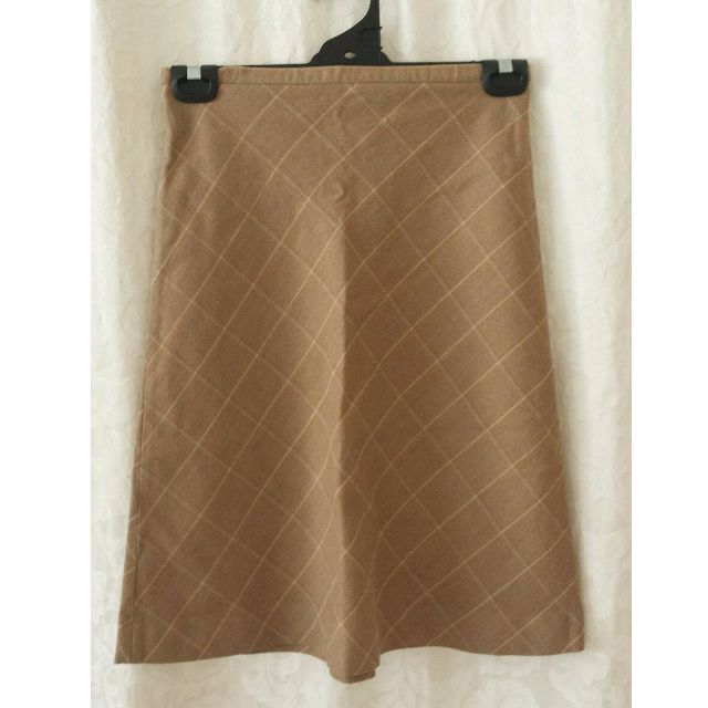 Brown checkered skirt size 8