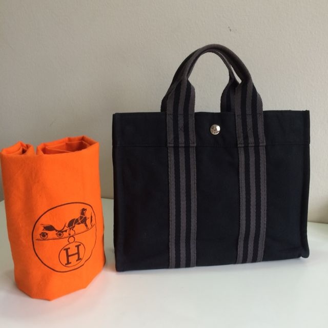 e404043c1118 Booked ) Authentic Hermes Fourre Tout PM Tote Bag