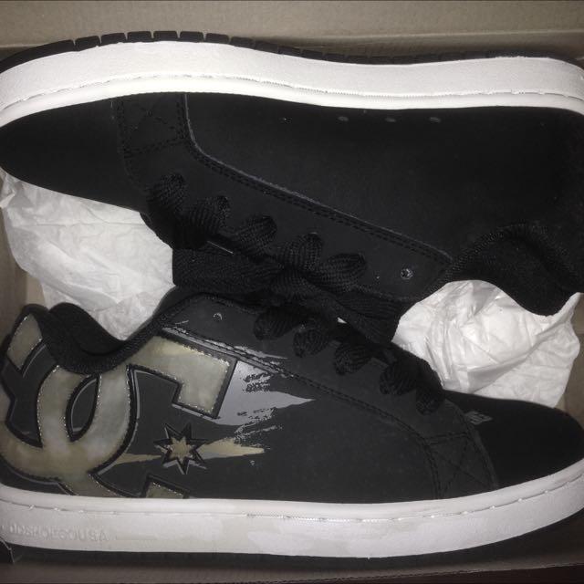 DC板鞋(全新)