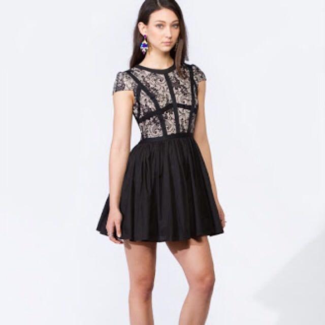 Princess Polly lace dress