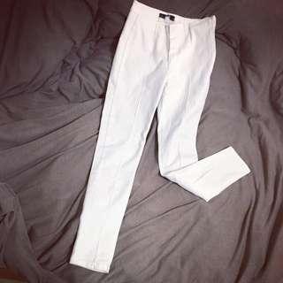 #保留 顯瘦窄管彈性白色內搭褲