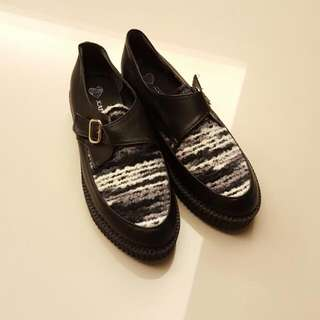 黑白設計感厚底鞋
