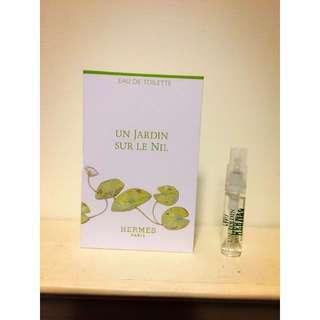 HERMES Un Jardin sur le Nil愛馬仕尼羅河花園中性淡香水 2ml 可噴式 試管香水