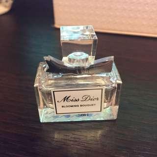(保留)Miss Dior-BLOOMING BOUQUET 5ml