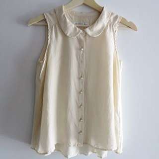 Forever New Pearl Button Top Size 6