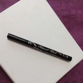 BN Linequeen Natural black Liquid Eyeliner