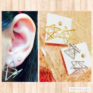 🚚 正韓立體3D三角耳環