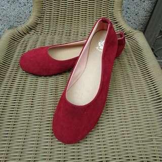 仿絨布紅色平底鞋