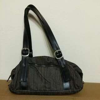 日本品牌 時尚手提肩背包 二手  $400