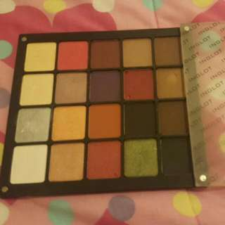 INGLOT  eyeshadow Palate