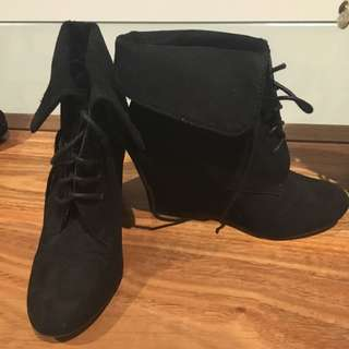 Black Ankle Wedge Lace Up Boot Size 7