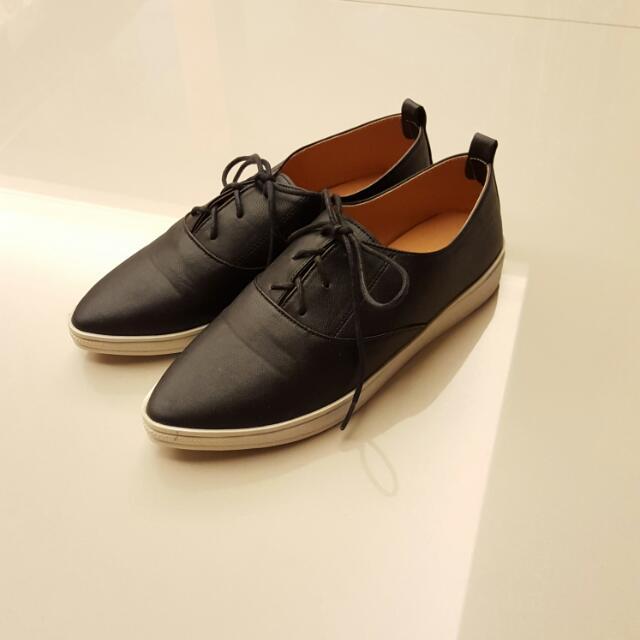 個性基本款小黑鞋