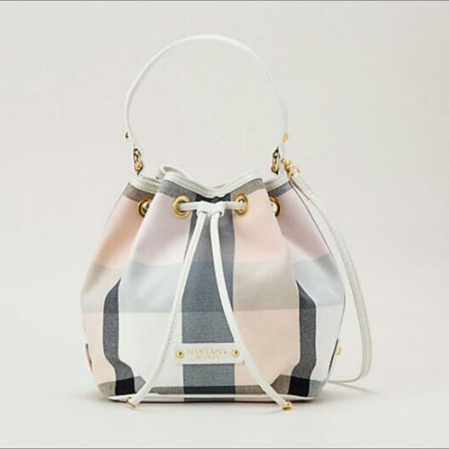 Blue Label Crestbridge Bucket bag (Preorder) d64be25535958