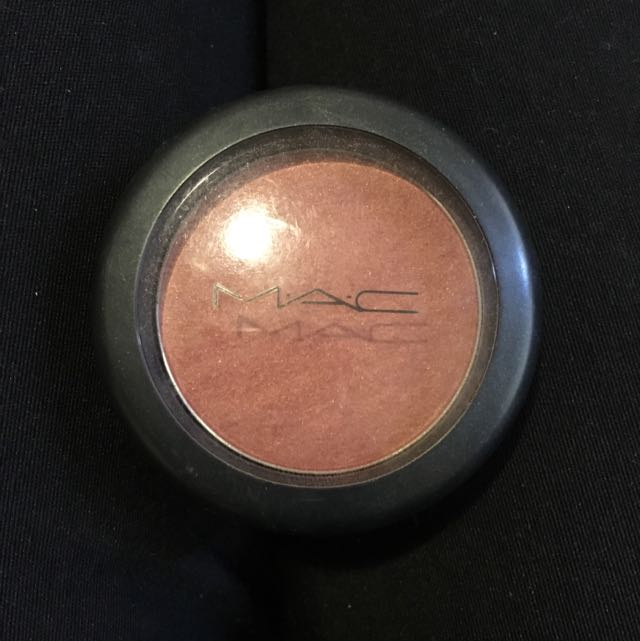 Mac Blush Ambering Rose Sheertone Shimmer Blush