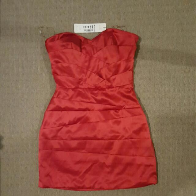 NEW WITH TAGS Sunny Girl Formal Strapless Mini Red Dress