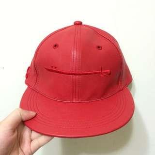 台灣自創品牌 visizer 紅色棒球帽 羅志祥