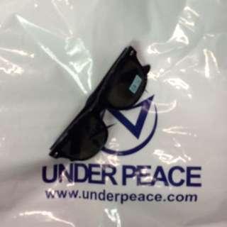全新Under Peace墨鏡-黑色