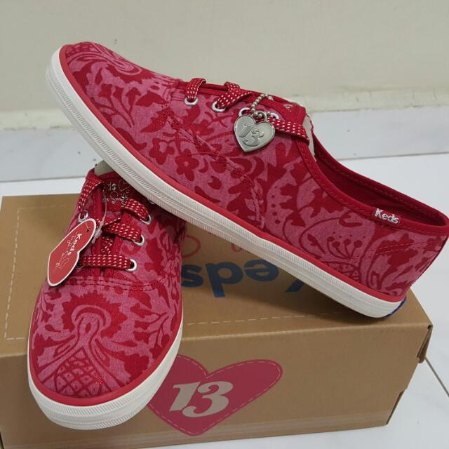 Bnib Keds Taylor Swift Shoes Ch Ts Brocade Jersey Red Size 6 Women S Fashion On Carousell