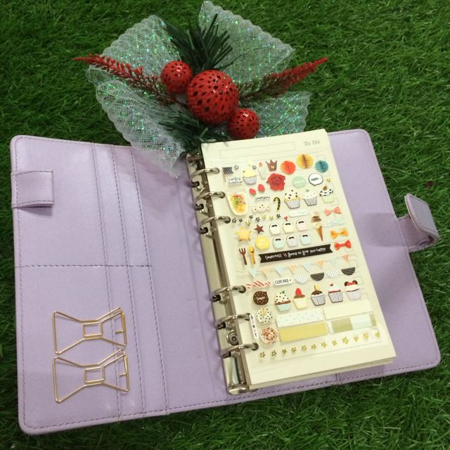 [HOT DEALS] Lavender A5/A6 Plain Planner (with button) + Complimentary Planner Goodies
