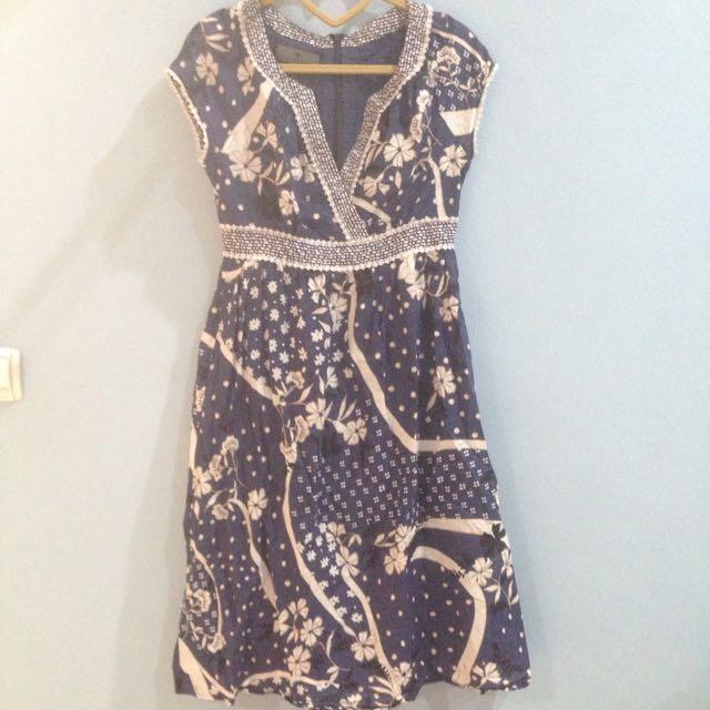 Preloved Allure Noir Singapore Brand Dress
