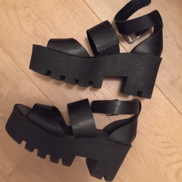 Windsor Smith Chunks Black Size 7