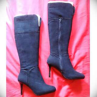 🚚 Charles & Keith Knee High Boots. Size 37