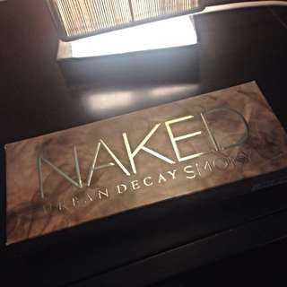 Urban Decay (Smokey Palette)