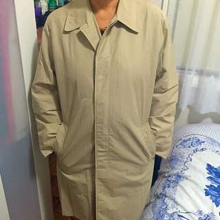 AUTHENTIC DKNY Trench Coat