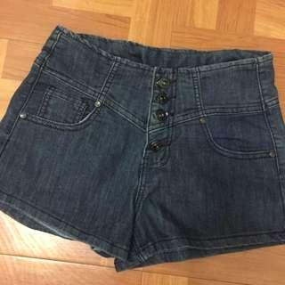 🚚 基本款排釦牛仔高腰短褲 深藍色✨