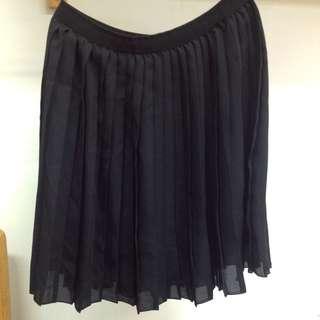 Uniqlo雪紡百褶短裙