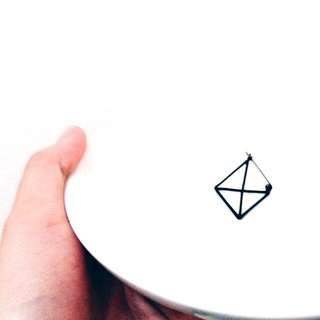 (含運)立體三角耳環---保留中