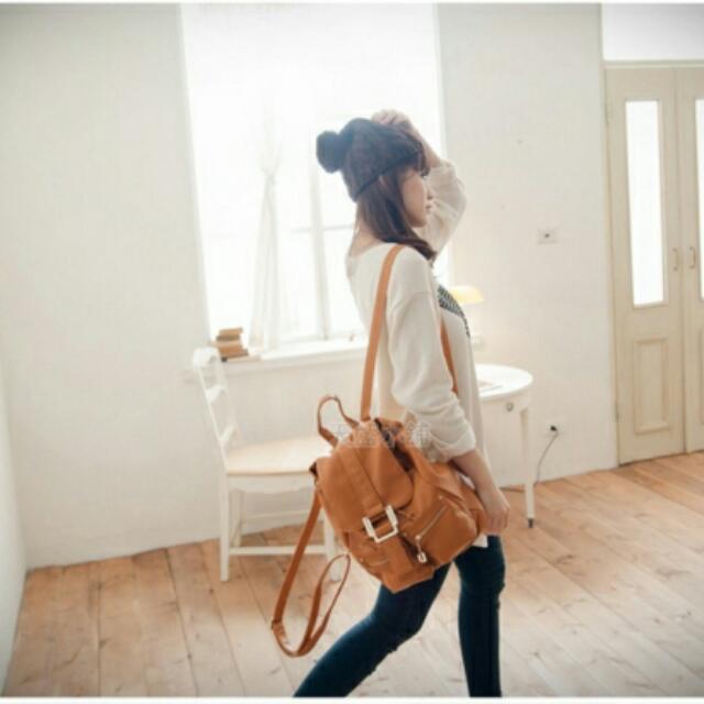 <全新>■天藍小舖|質感皮革時尚後背包□