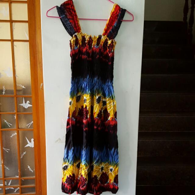 色彩繽紛小洋裝