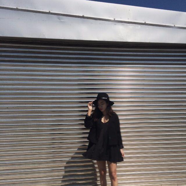 黑設計款洋裝
