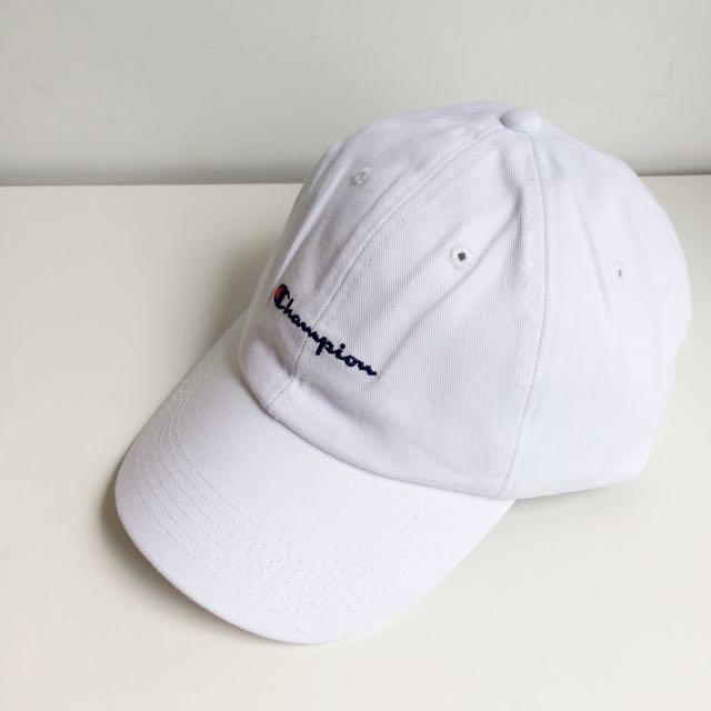 日本購回 Champion 聯名 限定款 電繡 草寫Logo 復古 老帽 彎帽 鴨舌帽 白色