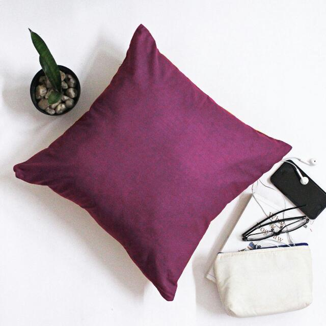 Decorative Cushion B11