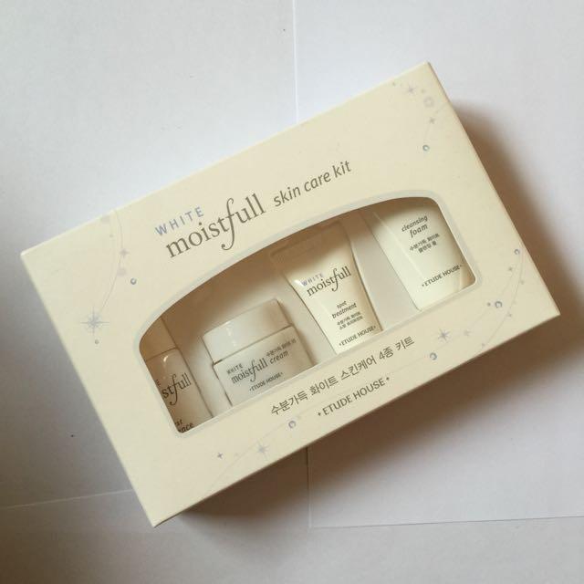 Etude House Moistfull White Skincare Kit
