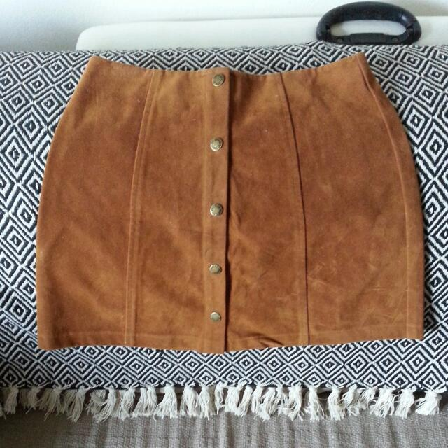 Gorgeous On Trend Size 8 'Suede-like' Skirt
