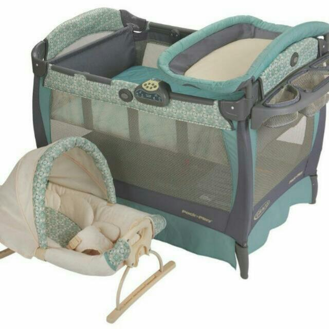 b5acfafefcd Graco Pack  N Play Playard with Cuddle Cove Rocking Seat Winslet ...