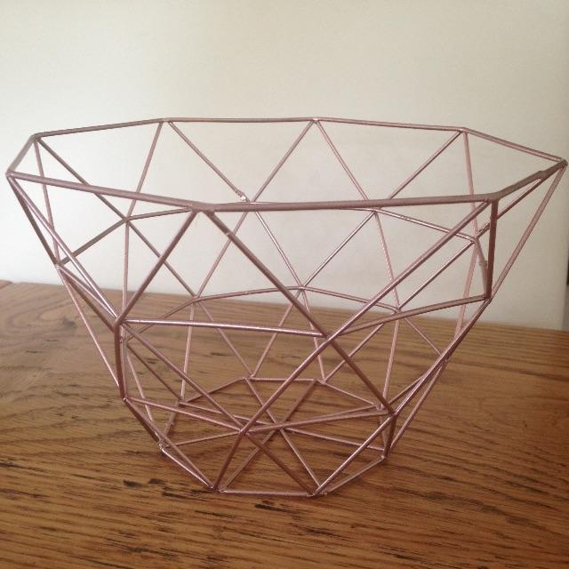 Minimalistic Copper Wire Basket
