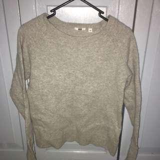 Uniqlo Grey Knit