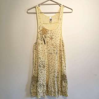 Size 6-8 Lemon yellow flower pattern cotton dress